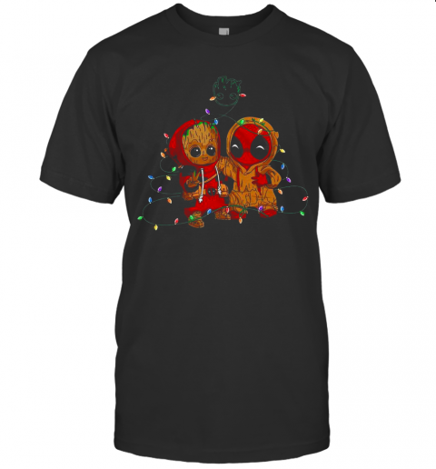 Baby Groot And Baby Deadpool Merry Christmas Light T-Shirt Classic Men's T-shirt